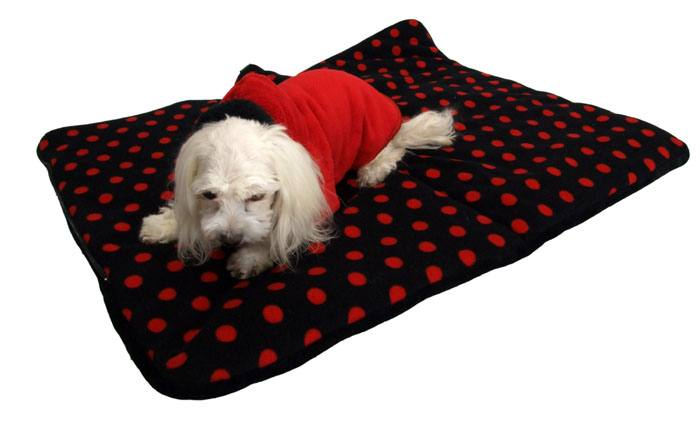 schlafsack decke spielplatz f r hunde red dots. Black Bedroom Furniture Sets. Home Design Ideas